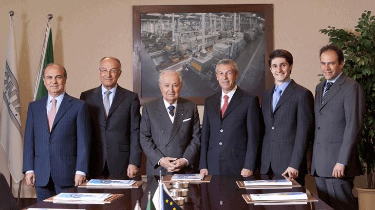 Da sinistra Giuseppe, Enio, il Cav. Loris, Luigi, Alberto e Fabrizio Fontana