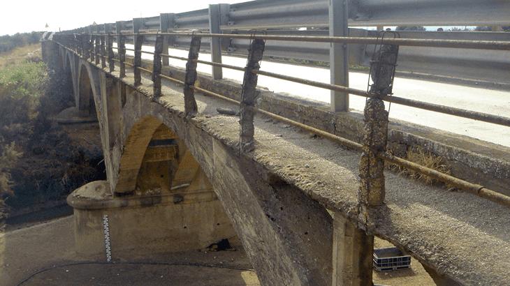 Il ponte sul fiume Gornalunga