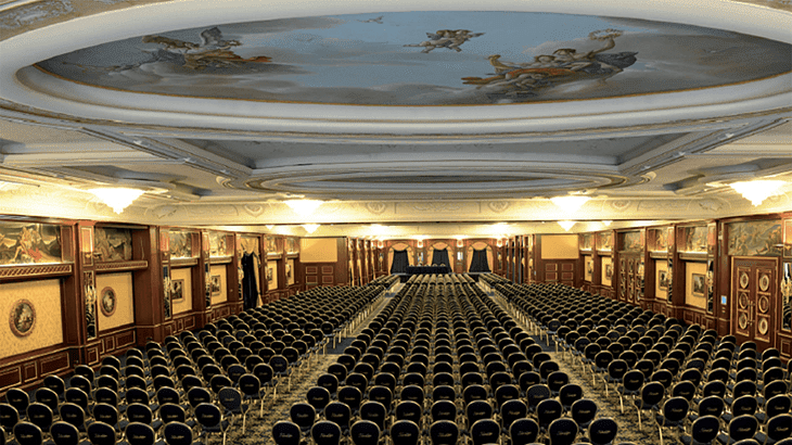 La sala Convegni del Grand Hotel Dino a Baveno, sul Lago Maggiore