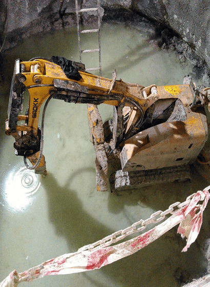 Lo scavo del pozzo di raccolta delle acque reflue