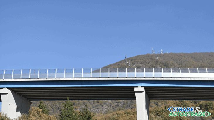 Il viadotto San Francesco visto dal basso