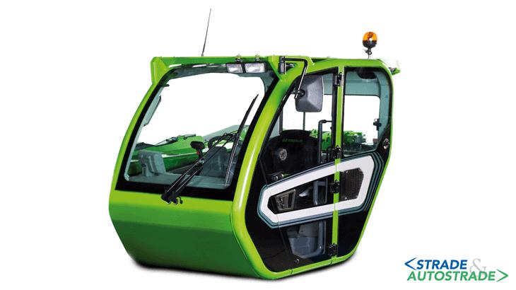 La nuova cabina modulare, omologata Rops e Fops II, è la più ampia della categoria (1.010 mm) ed è equipaggiata dell'inversore Dual Shuttle per una massima agilità