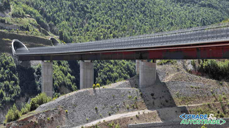 Il viadotto Pollino al valico di Campotenese