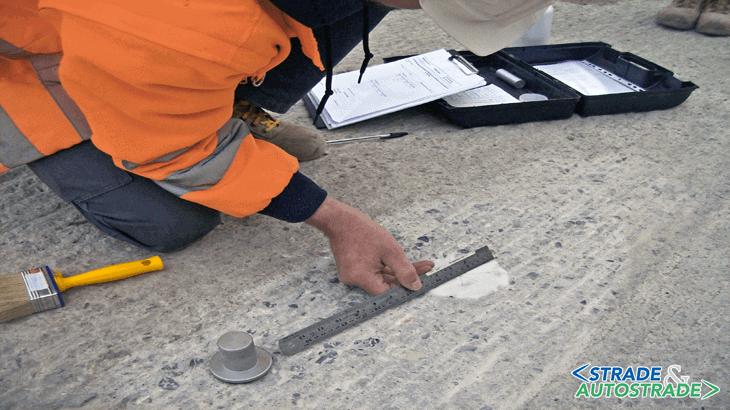 """La verifica del coefficiente di rugosità con la """"chiazza di sabbia"""""""