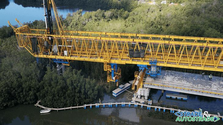 L'area di lavoro durante la battitura nella quale si vede la costruzione top-down che permette un impatto minimo sull'ambiente circostante