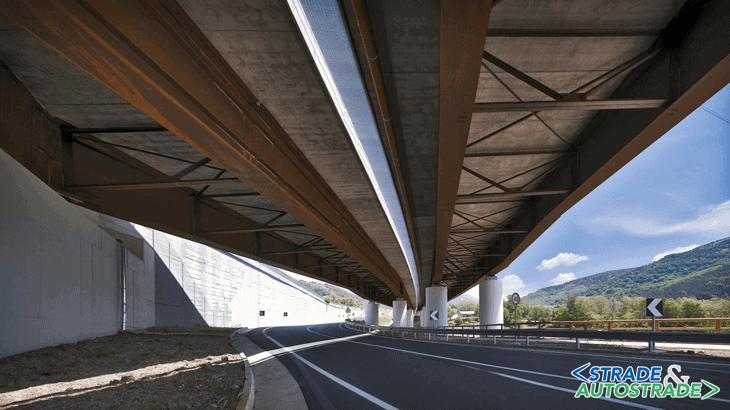 I traversi ad anima piena del viadotto Campo del Galdo e i reticolari del viadotto Castagne