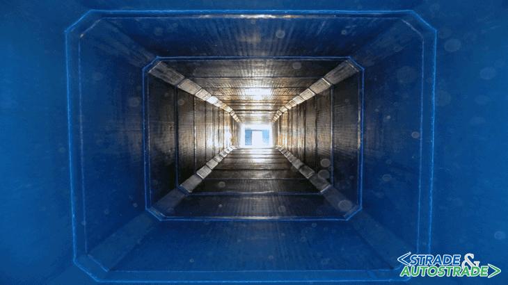 Vista dall'interno di una condotta con scatolari Coprem CPL saldati sui giunti