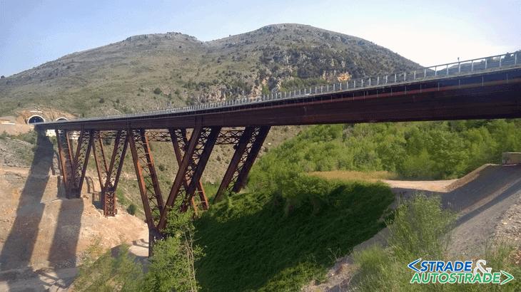 Il viadotto Caffaro