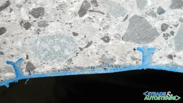 Un particolare degli ancoraggi T-Grip del rivestimento in liner HDPE a manufatto completato