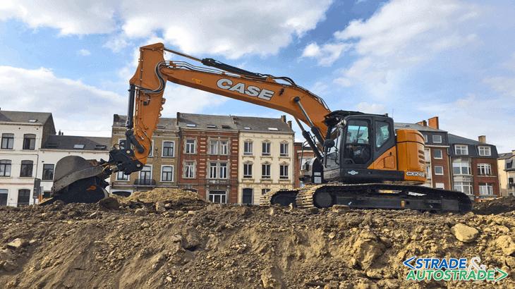 Escavatore CX245D SR