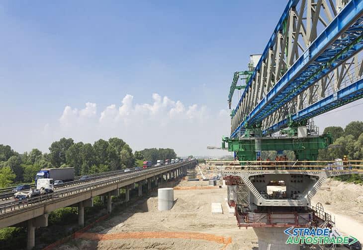 Il nuovo ponte sul fiume Tagliamento