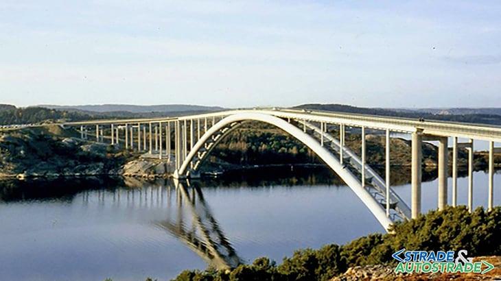 Almö Bridge