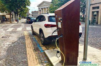 Segnaletica dedicata per i veicoli elettrici