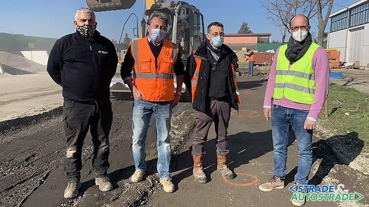 Paolo Piroddi di Bomag, Gianluca Minarini di C.A.R., Marco Garofalo di Bomag e Cesare Sangiorgi dell'Università di Bologna