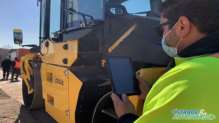 L'accesso al tablet per la lettura di tutti i parametri di compattazione